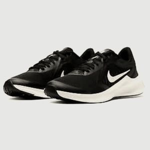 Nike Running Shoes Downshifter Black & White Shoes
